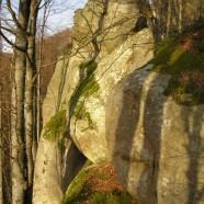 Як дівчатка скелі шукали