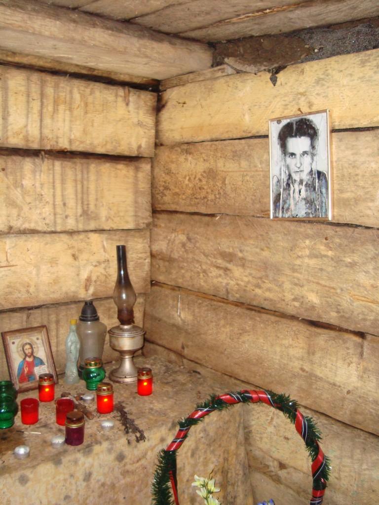 DSC02630 768x1024 г.Яворинка  бункер Роберта  цвинтар Поля