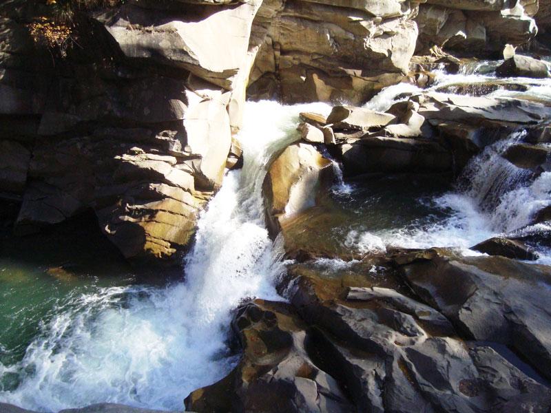 vodospad Probij Осінній Хомячок